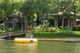 Dream Catcher Point Waterfront Lodging at Dream Catcher Point Resort Can Sleep 100 1