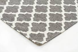 skandinavian grey white floor rug