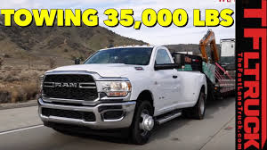 2019 Ram 3500 Towing Chart 2019 Ram 3500 Hd Tows The Maximum Load With 1 000 Lb Ft Of Torque