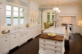 image of how to paint antique white kitchen cabinets
