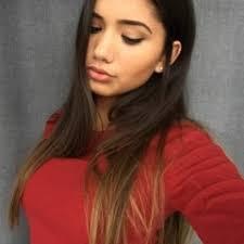 Alexa Viana's stream