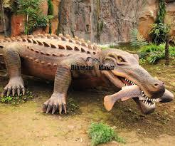 real jungle animals. Interesting Jungle Jungle Theme Animatronics On Real Animals A