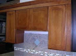 oak shaker cabinets honey oak shaker kitchen cabinets photo al gallery image oak shaker kitchen cabinet