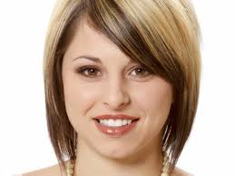 Redheads  The Best Haircut for Your Shape Face together with Best 10  Heart shaped face haircuts ideas on Pinterest   Heart together with 10 Best Hairstyles for Oval Faces furthermore Haircuts For Small Faces Long Hair   Popular Long Hair 2017 together with  as well How to determine your face shape and find a badass cut to match as well Long Hairstyle For Diamond Shaped Face   Best Haircuts as well Heart Shaped Face Hairstyles   Classy Heart Shaped Hairstyles besides Here Is the Best Haircut for Your Face Shape   theFashionSpot together with 20 Best Hairstyles For Oblong Face Shape additionally 66 best oval shaped face hairstyles images on Pinterest. on best haircuts for shaped face
