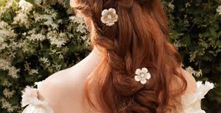 ナチュラル系花嫁さんの髪型ハーフアップヘアアレンジまとめ