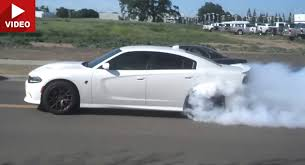 dodge charger hellcat burnout. Unique Charger Enthusiastic New Charger Hellcat Owner Leaves Dodge Dealership With A  Burnout To O