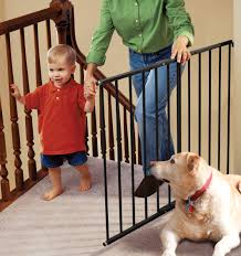 safeway ® top of stair baby safety gate