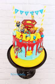 Superman Fondant Cake Design Superman Drip Cake Avengers Birthday Cakes Drip Cakes