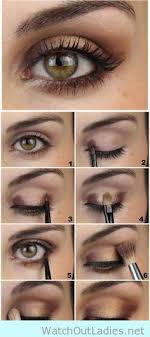 for a quick easy and glamorous look have this 6 color shimmer eye shadow palette on you wherever you go a bination of 6 colors is all you need to