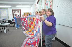 Local woman makes quilts for soldiers | Community | Kentucky New Era & Local woman makes quilts for soldiers Adamdwight.com