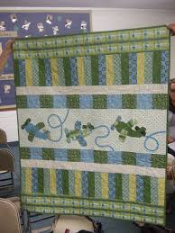 Jina Barney Designz shows this quilt from a show and tell that she ... & Great little airplane appliques on this quilt Jina's World Of Quilting:  August That Alpine Quilt Group Adamdwight.com