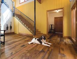 navigating the reclaimed wood flooring market classic homes design and restoration period homes