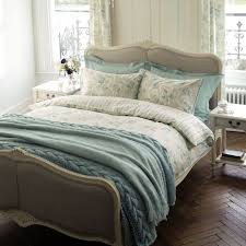awesome laura ashley hogar primavera verano egg and pict for bed