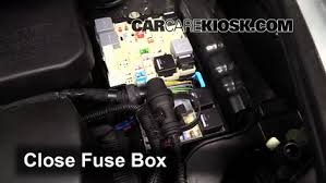 replace a fuse 2013 2016 ford escape 2014 ford escape s 2 5l 4 cyl 6 replace cover secure the cover and test component