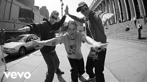 <b>Beastie Boys</b> - An Open Letter To NYC - YouTube