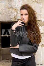 fotografie obraz tough girl in leather jack smoking black fashion posters cz