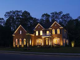 why homebuilders offer outdoor lighting packages
