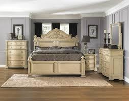 Vintage Thomasville Bedroom Furniture Ivoru Wood Upholstered Amr ...