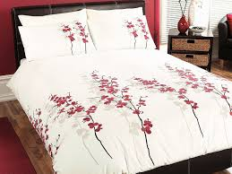 oriental flower double duvet cover set in red includes 1x double duvet cover and 2x pillowcases co uk kitchen home