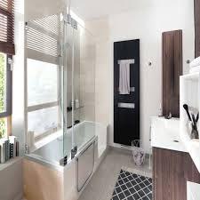 Schone Wohndekoration Moderne Badezimmer Mit Dusche Und Badewanne