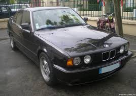 BMW 3 Series bmw m5 1990 : Used BMW SERIE 5 of 1990, 150 000 km at 30 000 €.