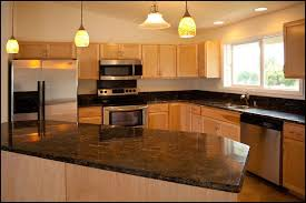Honey maple kitchen cabinets Uba Tuba Granite Maple Kitchen Pictures Honey Maple Kitchen Cabinets Kitchen And Beyond Pinterest Maple Kitchen Pictures Honey Maple Kitchen Cabinets Kitchen And