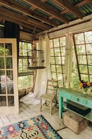 Rustic Tree House Living in Atlanta, Georgia With Exposed Ceiling, Vintage  Paned Windows,