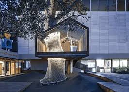 treehouse. Glass Tree House That Doubles As Art Treehouse