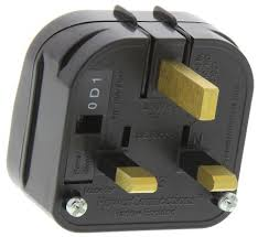 Uk R B Chart Powerconnections Italy To Uk Mains Connector Converter Rated At 10a