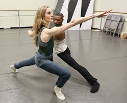 Wendy Whelan Embraces Contemporary Dance - The New York Times