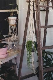 diy macramé pot plant hanger