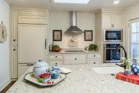 Merit Flooring Kitchen And Bath - Kitchens by wedgewood