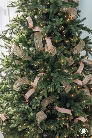 how to make ribbon look natural in a tree