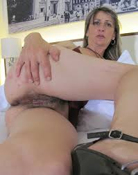 Amature videos of mature hairy pussys