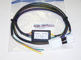 other hitch parts harley davidson trike 5 to 4 wire convertor this basic wiring harness automatically converts from a 5 wire system to a 4 wire system saving the headaches