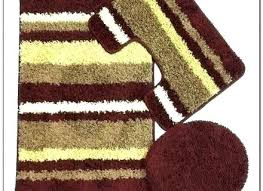 plush bathroom rugs burdy bathroom rugs burdy and gold rug gold bath rugs burdy and gold