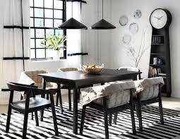 Schwarz Weiße Einrichtung Im Esszimmer Teppich Ess