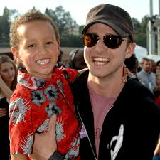 Just look at justin timberlake: Pictures Of Justin Timberlake With Children Popsugar Celebrity