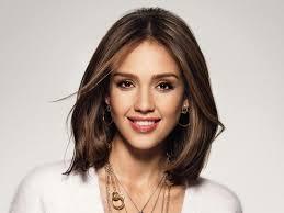 لصاحبات الوجه الطويل قصات تناسب شعرك القصير مجلة سيدتي