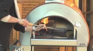 Comment Utiliser Le Four à Bois 5 Minuti Alfa Pizza Youtube