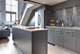 Moderne Graue Küche Schränke Design – Interieur und Möbel Ideen