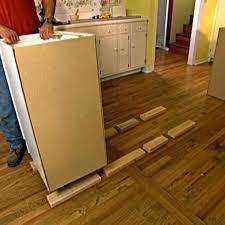 laminate flooring under kitchen cabinets redbancosdealimentos org