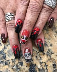 This woman doesn't mess around with her Halloween nail art - ABC News