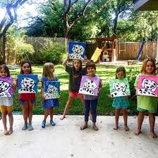 are your kiddos dying to unleash their inner picasso
