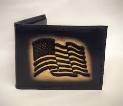 american flag embossed bifold leather wallet is 100 leather wallet and hand made in the