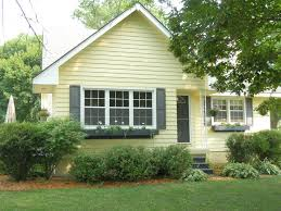 green exterior house paintBest 25 Green house exteriors ideas on Pinterest  Green exterior