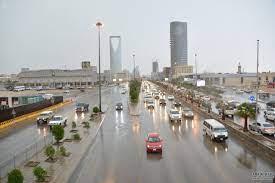 اضطرابات جوية واسعة تشمل الرياض والدفاع المدني يُحذر | طقس العرب
