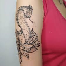 тату змея значение на руке для девушек эскизы фото обвивающая