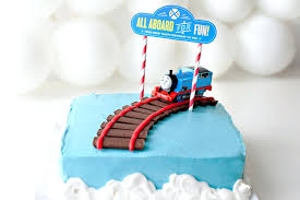 Easy Train Birthday Cakes Your Little Engineer Will Love 3 Cake