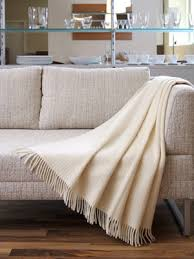 how to throw blanket on sofa energywarden images of throws on couches